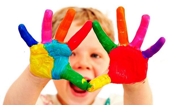 http://pequebebes.com/los-juegos-alimentan-la-autoestima-infantil/